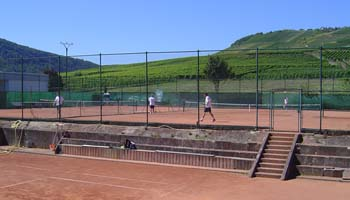 tennisplatz in Zell Mosel